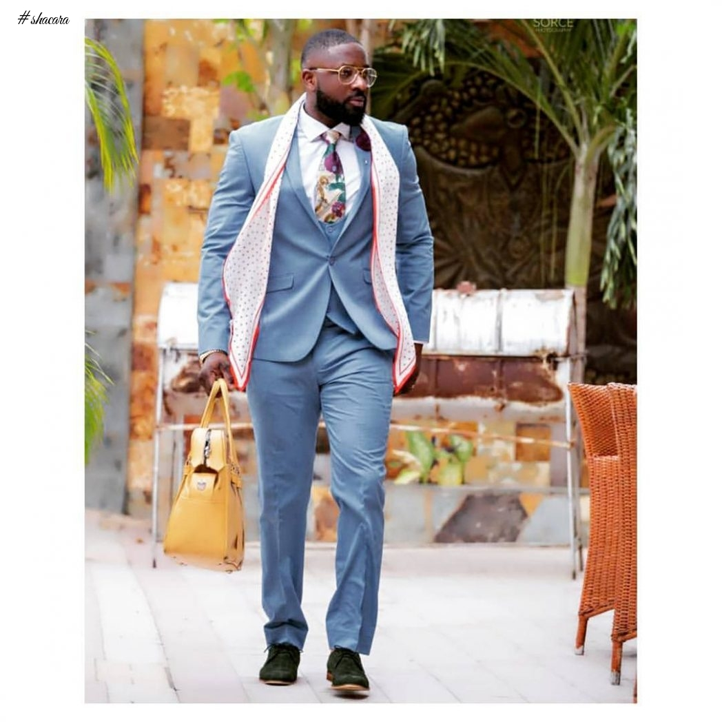 Elikem Serves Hot #GhanaJollof In Amazing Style Images