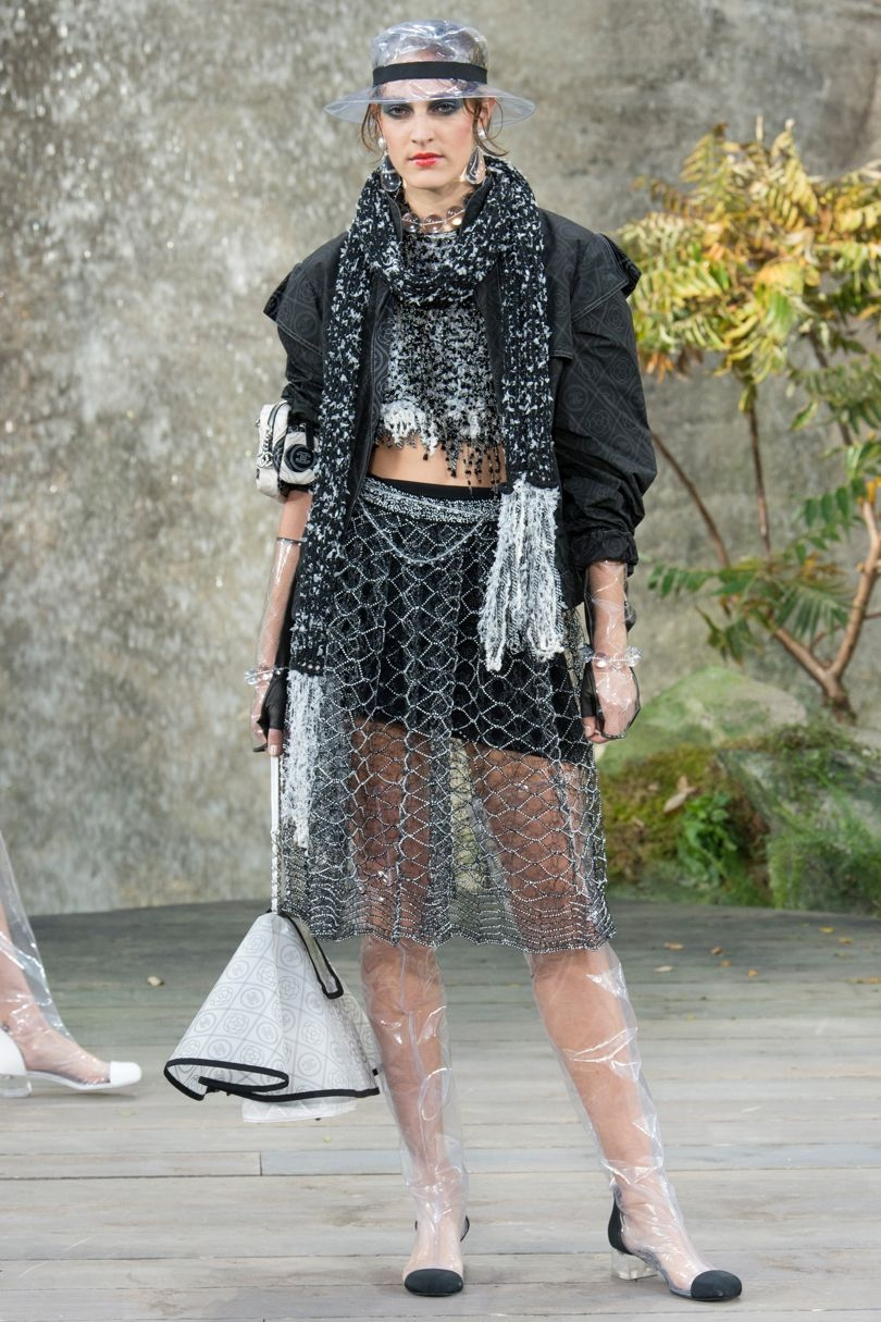 Paris Fashion Week: Chanel RTW Spring/Summer 2018 Collection