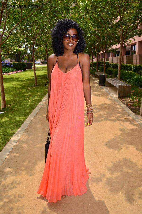 DRESSING UP YOUR MAXI DRESS WITH STYLE