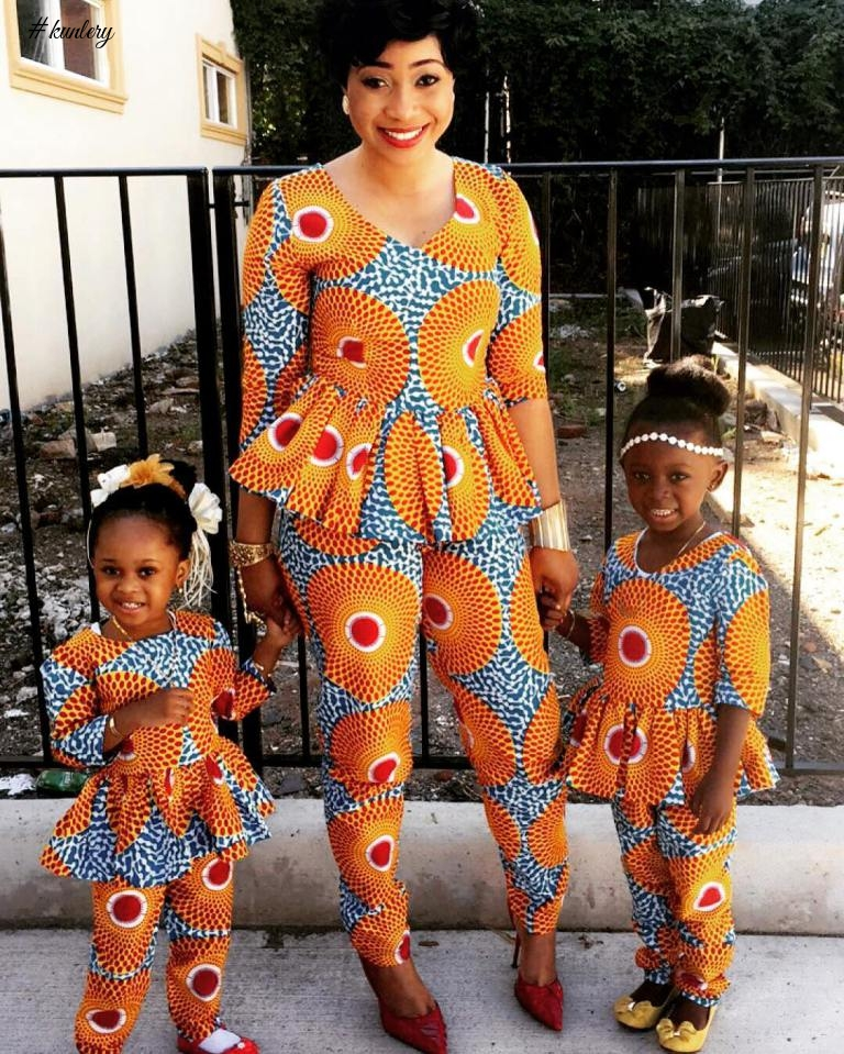 CUTE FAMILY MATCHING OUTFITS PHOTOS