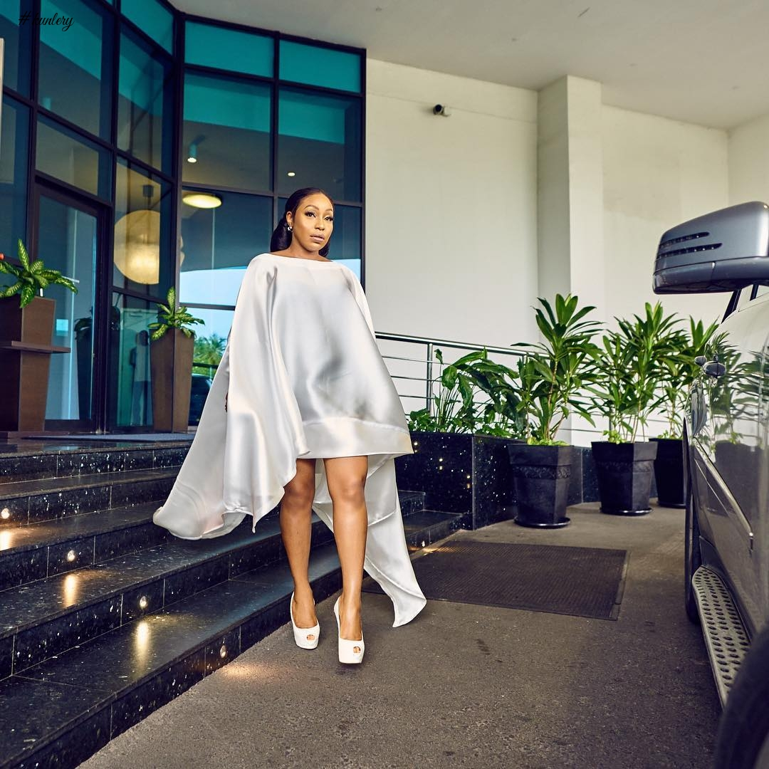 e2d7e4bc3130 All-White Outfit Ideas Inspired By Our Favourite Celebs!
