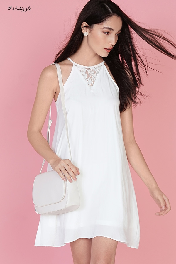 COACHELLA SHOULDER BAG IN IVORY